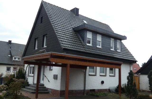 Familie sucht Haus, bietet 2 Zimmer Eigentumswohnung