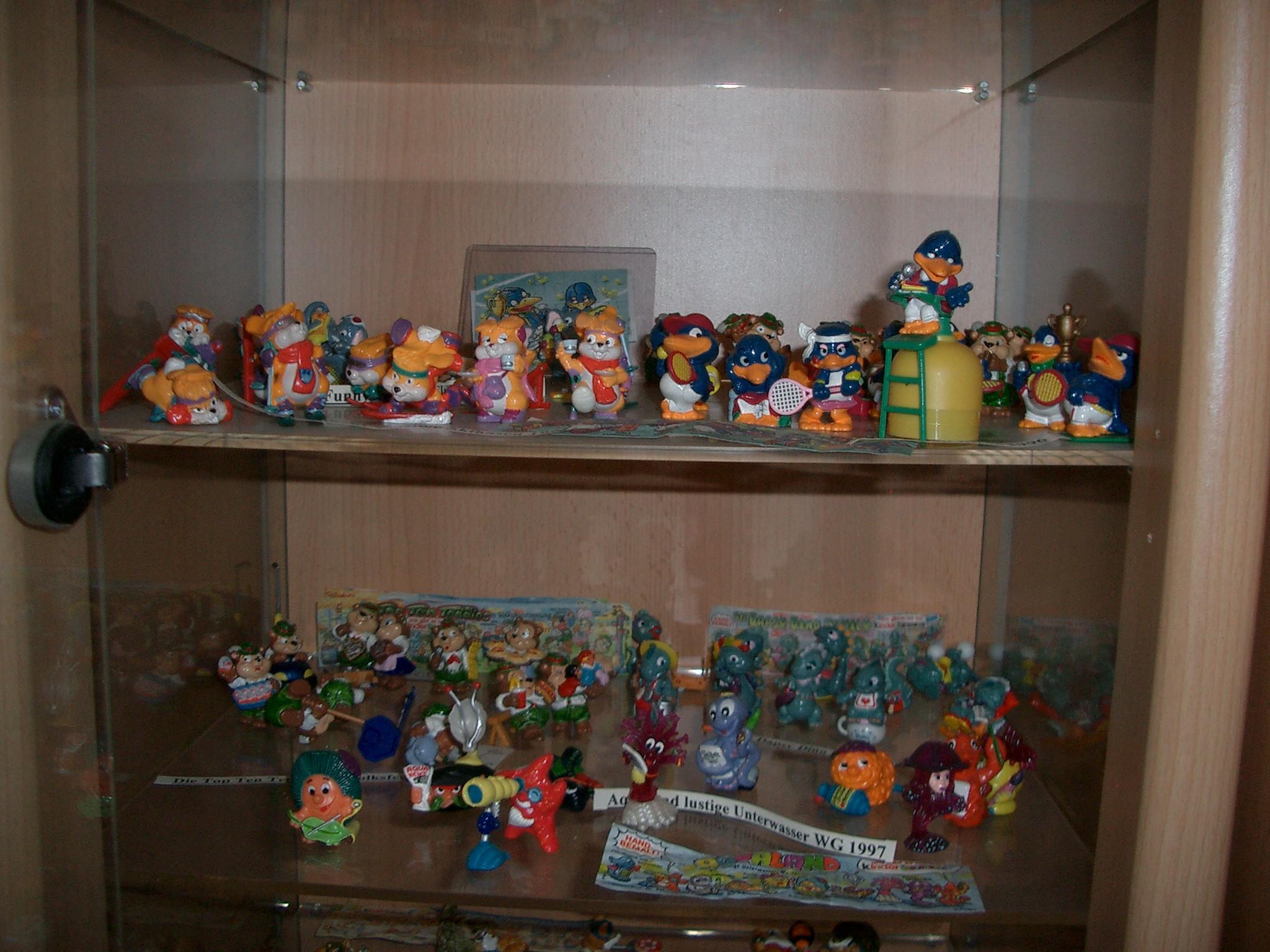 Ü-Eier Figuren Sammlung von 1990-2000 kompl.