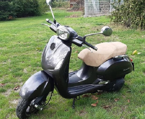 Motorroller zu verk.