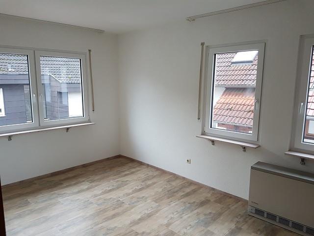 Sonnige 2,5 Zi.-Whg. in Zell-Weierbach, 77 m²,
